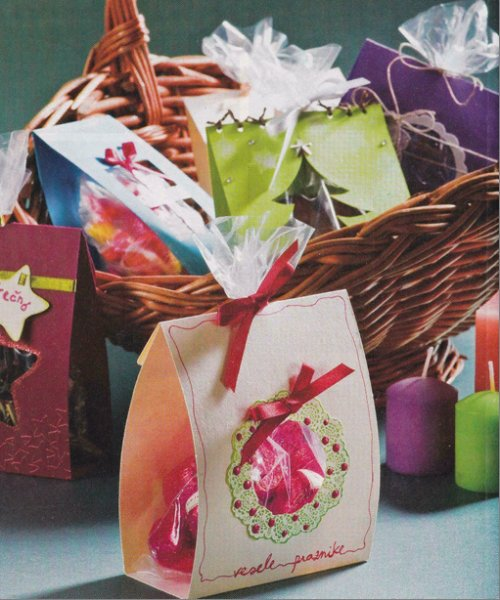 Easy homemade christmas gift ideas xmaspin for Ideas for homemade christmas gift baskets