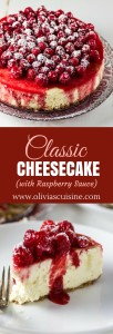 Raspberry Sauce Classic Cheesecake